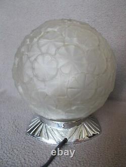 Ancienne lampe art deco des années 1930 globe boule fleur en verre vintage lamp