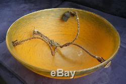 Ancienne lampe suspension en pâte de verre Art Déco
