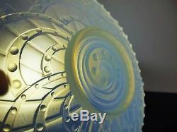 Art Déco Coupe En Verre Moule Opalescent Verlys Etling Sabino Ezan Signe