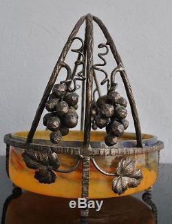 Coupe aux raisins fer forgé et pâte de verre art déco