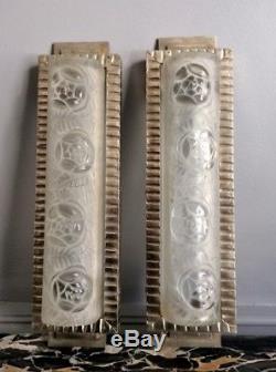 Degue Paire D Appliques Verre Presse Moule Et Metal Argente Art Deco 1930 (1/2)