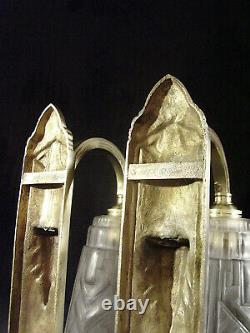 Ejg (j. Gauthier) Paire Dappliques Art Déco En Bronze & Tulipes Verre Pressé