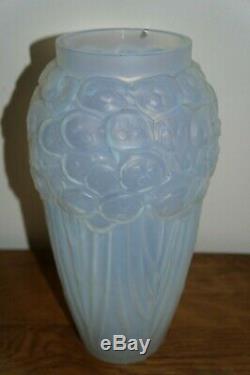 Etling Edmond Opalescent Glass Vase Monnaie Du Pape Art Deco 1930