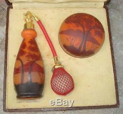 Flacon Art Deco Parfum Verre Emaillé Vaporisateur & Boite à Poudre