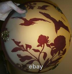 LEMIERE Rare vasque de suspension art déco verre double couche dégagé à l' acide