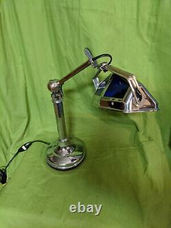 Lampe PIROUETT DE BUREAU art déco 1930 en bon état dusage AVEC VERRES VITRAIL B