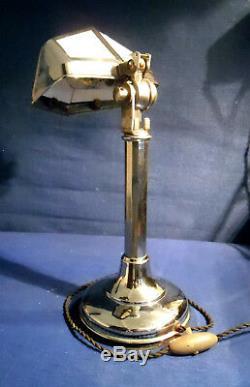 Lampe Pirouett Modèle De Bureau A Verres Décorés En Tres Bel Etat Des Années 40