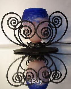 Lampe veilleuse Art Déco Nouveau fer forgé tulipe pâte de verre DEGUE Era Muller