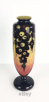 Le Verre Français Vase D'époque Art Déco En Verre Multicouche Signé De 37cm H