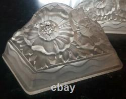 Lot de 2 Plaques Art Deco lustre applique verre moulé verdun degué muller