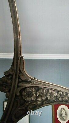 Lustre art deco bronze argenté et 4 tulipes en pate de verre