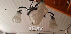 Lustre art déco en pâte de verre signé Degué style Muller