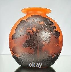 Muller Frères à Lunéville Gros Vase Boule Paysage Verre Gravé Art Déco gallé