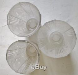 Muller frères Luneville, 3 tulipes Art Déco pour lustre ou lampe en verre moulé