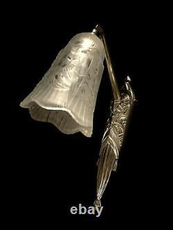 P. Maynadier Applique Art Déco Bronze Nickelé & Tulipe En Verre Pressé 1930