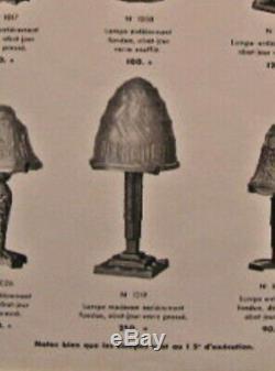 P. Maynadier Grande Lampe Art Déco En Bronze Nickelé & Obus En Verre Pressé 1930