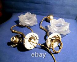 Paire D'appliques Art Deco A Fil Pendulaire Tulipes Pte De Verre Forme De Roses