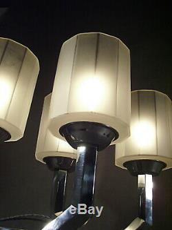 Paire De Lampes Modernistes Art Deco En Bronze Chromé Et Verre Pressé 1930