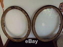 Paire de cadres ovales sous verre pour aquarelle dessins ou photo