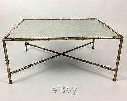 Superbe Table Basse Style Bagues Des Années 70 En Métal Doré Et Verre Églomisé