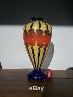 Vase en Pâte de Verre multicouche Le verre Français glass cameo art deco vintage