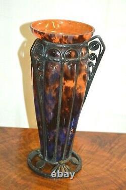 Vase en pâte de verre et fer forgé signé DELATTE NANCY style art déco